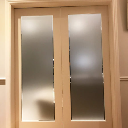 Dividing Door - Frosted with Clear Border